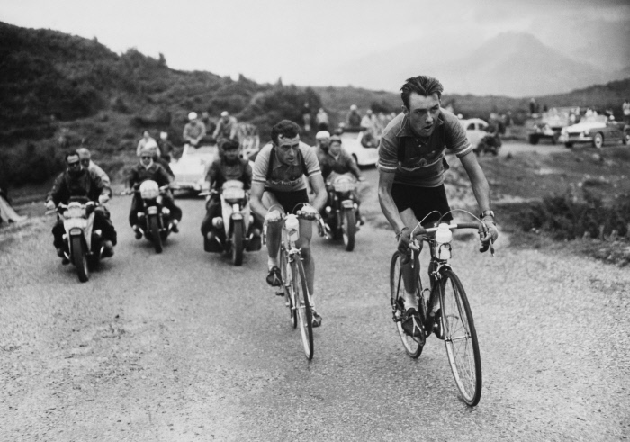 1955, FRANCE, THE TOUR DE FRANCE, FORNARA, BOBET AND BRANKART IN THE CHIOULA PASS